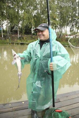 утро на летней рыбалке
