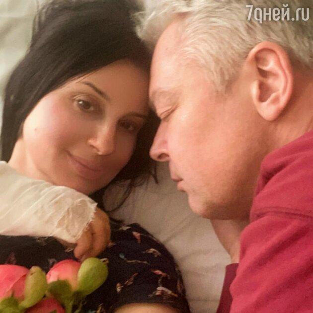 Екатерина Стриженова в больнице