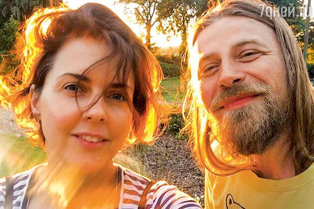 Ольга Шелест с мужем Алексеем Тишкиным