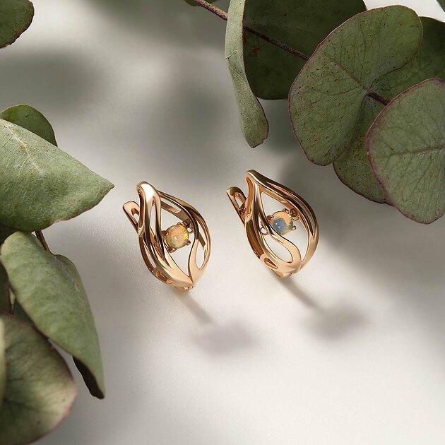 Золотые серьги с опалами «Танцующий камень»