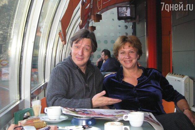 Михаил Ефремов с сестрой Анастасией