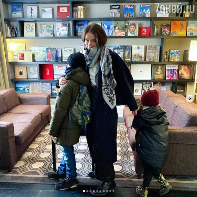 Марина Александрова с детьми. Instagram