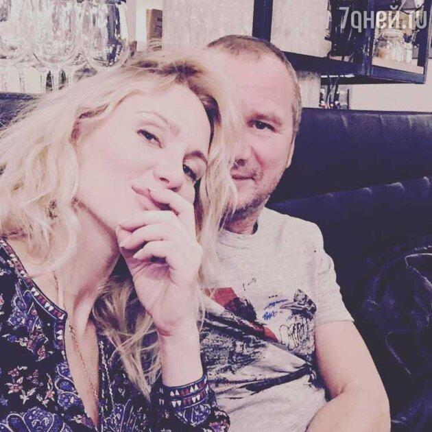 Катя Гордон с новым возлюбленным