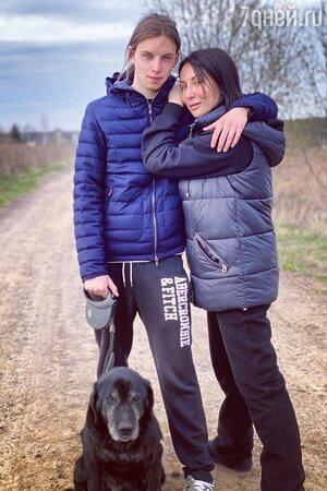 Алика Смехова с сыном Артёмом