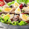 Салат Нисуаз с тунцом: классический рецепт