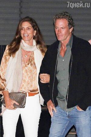 Синди Кроуфорд с мужем Рэнди Гербером - фото