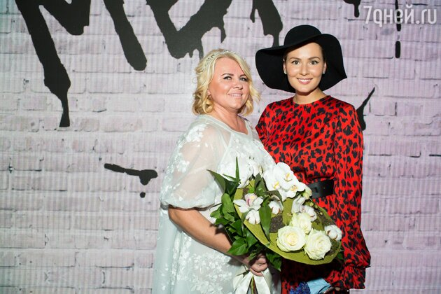Мария Кожевникова и дизайнер Надежда Юсупова