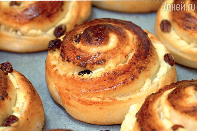 Как приготовить самые вкусные булочки с творогом и изюмом на скорую руку: пошаговый рецепт с фото.