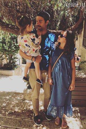 Иван Ургант с дочками Валерией и Ниной