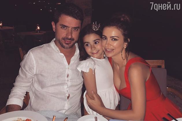 Ани Лорак с мужем и дочкой Софией