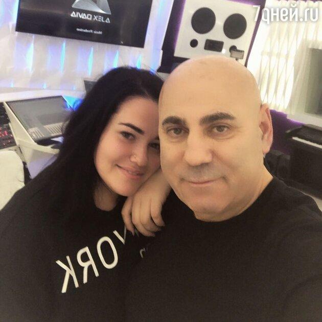 Иосиф Пригожин с дочкой