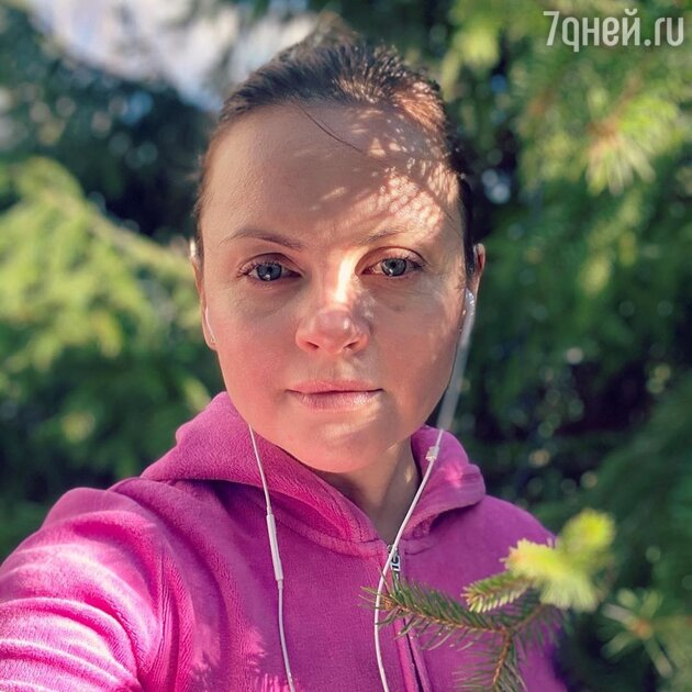 Юлия Проскурякова не смогла сдержать слез на фото