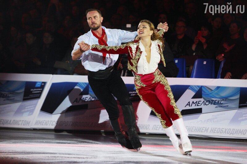 Ледовые шоу-2018-2019 - Страница 8 11