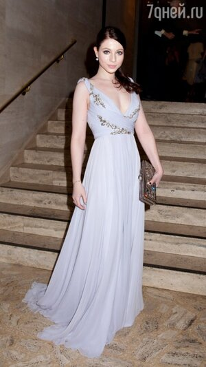 Мишель Трахтенберг на балу School Of American Ballet Winter Ball в 2011 году