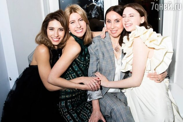 Ирина Меладзе с дочерьми