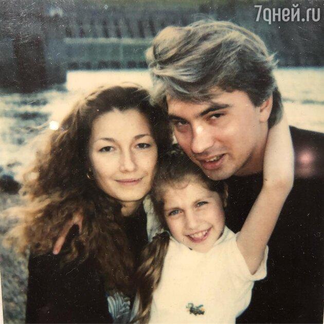 Дмитрий Хворостовский с женой Светланой и приемной дочкой Марией