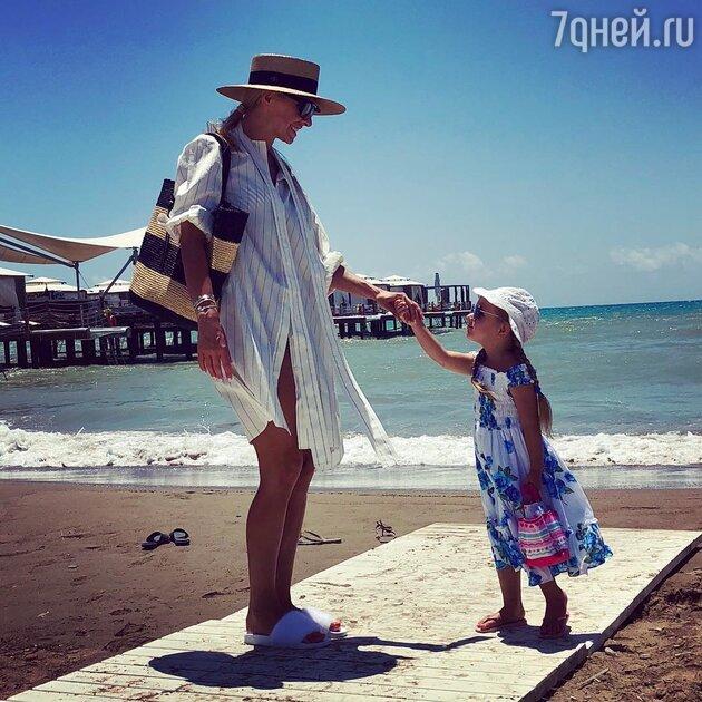 Татьяна Навка с дочкой Надеждой